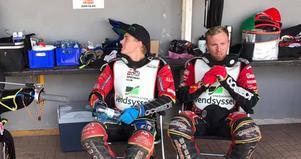 Emil Pørtner, här med sin storebror Lasse, inleder sin utländska ligakarriär i Indianernas allsvenska lag. Foto: Team Pørtner Speedway