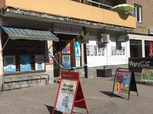 På torsdagsmorgonen rånades kiosken på Kvarngatan i Köping.