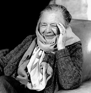 Den belgisk-franska författarinnan och första kvinnliga ledamoten i Franska Akademin, Marguerite Yourcenar.Foto: Bernhard De Grendel