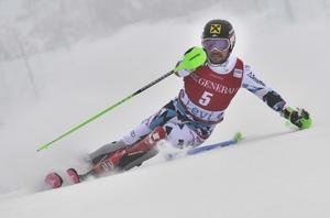 Apina världscupen herrar slalom åk 1, Marcel Hirscher i ledning.