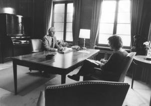 I april 1983 slutade Lennart Ollén som Sandviks sista bruksdisponent. Anders Eklind intervjuade. Foto: Håkan Selén.