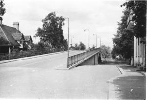 Den första viadukten i färdigt skick sedd från fästet ner mot Asea, som ABB hette på den tiden.