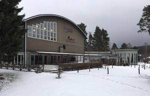 Varken Rättvik Bowling och Krog eller dess företrädare Appelli Advokater vill i dagsläget yttra sig om tvisten med kommunen.