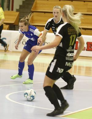 Rebecca Vilén gjorde finalens enda mål och blev utsedd till dess bästa spelare. Cuphjälte för ÖFC, helt enkelt.