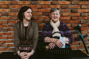 Lena och Ulla Tillbom på Plura i Västerås Konserthus. Bild: Martin Bohm