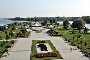 Där floderna Kotorossl och Volga möts i staden Jaroslavl.