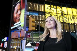 Sanna Nielsen åker på turné med kritikerhyllade showen