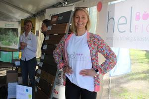 Egenföretagaren Johanna Edlund Lewell tycker det är bra att även mindre företag får chansen att visa upp sig för seniorerna.