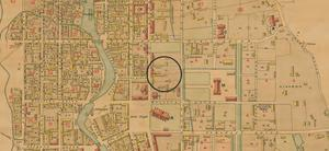 Karta över Falun 1886 där cirkeln visar Gamla postenparkeringen. Karta: Arkeologikonsult