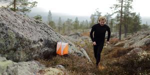 Jerker Lysell under en tidigare rekognisering av terrängen i Råndalen.