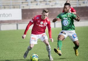 Nyförvärvet Rasmus Alm gjorde sitt tredje mål på lika många seriematcher för Degerfors IF. Arkivfoto: Kicki Nilsson/TT