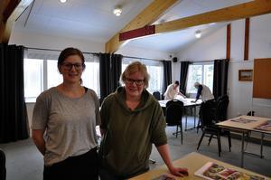 Både Andrea Lindberg och syster Erika Marklund pusslar en del på fritiden.