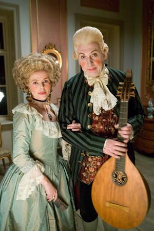 År 2005 kunde tittarna följa ett dygn i makarna Bellmans liv. I rollerna bland andra Anna Björk och Tomas von Brömssen.