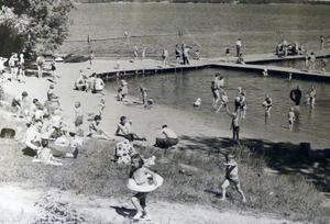 Vid Johannisbergsbadet 1954.