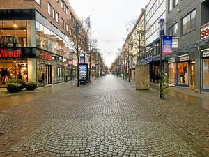 Färre företag skulle medföra förödande konsekvenser för Jönköpings län, skriver artikelförfattarna.