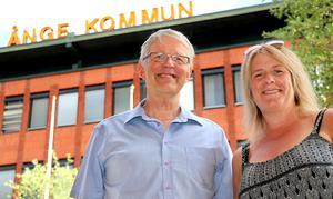 Stefan Wallsten och Marie Öberg hoppas få se ett folkhav på Centraltorget när Elias Pettersson ska hyllas.