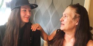 My Eriksson lyckades samla in pengarna som behövs för att kunna köpa vård i Finland till sin cancersjuka mamma Annelie Eriksson.