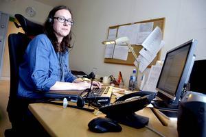 – Det här är inte alls bra för patientsäkerheten. Det finns stora risker med att ha diktaten liggande så här länge, säger Ylva Byström, huvudskyddsombud för Vision.