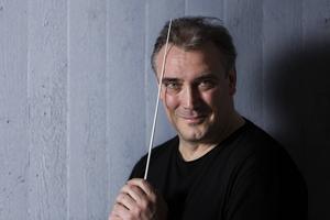 Gävle Symfoniorkesters spanska chefdirigent Jaime Martín.