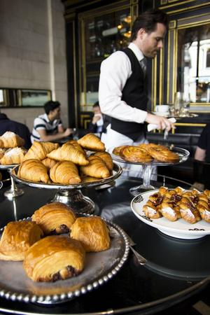 Bildtext 1: Frukost på The Wolseley - en högtidlig historia.    Foto: Elin Swedenmark