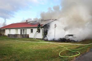 Även om bostäderna inte eldhärjades kommer vatten- och rökskadorna att vara omfattande.