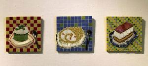 Anna Erlandsson visar bland annat mosaik på Gallleri S.