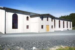 En 2 000 kvadratmeter stor byggnad har rests på gamla fotbollsplanen i Ingvallsbenning.