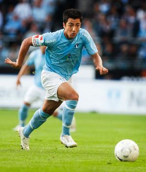 Den förre Forward-spelaren Jiloan Hamad kan vara på väg till Holland.