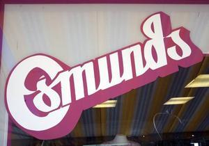 I drygt 33 år har Osmunds modebutik funnits i Storvik, men nu byter den namn och ägare till Purple Dreams.