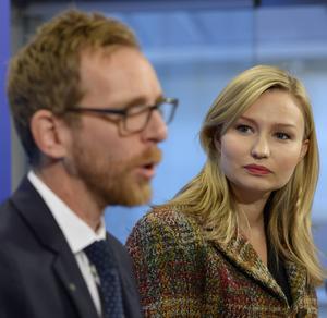 KD:s Jakob Forssmed och Ebba Busch Thor borde försvara jobbskatteavdragen i stället.