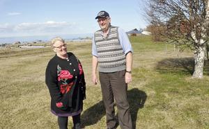 Kristina och Gert Evaldsson i Fågelsundet menar att alla årstider har sin tjusning.