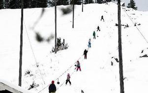 Sedan tidigt 1970-tal har den alpina anläggningen i Lindesnäs drivits av byborna och IF Frisk. FOTO: LEIF OLSSON