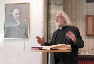 Ola Söderberg, stiftprost emeritus, talade om Martin Luthers fantastiska livsverk i samband med Wallindagen i Stora Tuna.