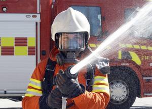 Det här är Ilona Lindkvists framtidsdröm, att bli brandman. I veckan var hon på besök på brandstationen i Östersund.