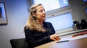 """""""Det är inte kommunens filosofi att vi knuffar ut människor utan vi jobbar med utveckling"""", säger Eva Pedersen-Wallin , T.f. äldreomsorgsdirektör sedan i december. Fotograf: Jonas Tetzlaff"""