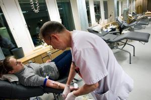 En del människor är rädda för att svimma efter att gett blod. Men det har aldrig Malin Olofsson varit med om.