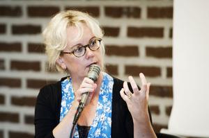 Annika Borg, projektledare på Sensus, präst och teologie doktor, var med på föreläsningen.
