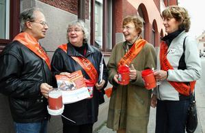 Röda korset-medarbetare i Askersund.