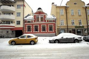 Kilsgatan 8. Ett vackert men lite inklämt hus.