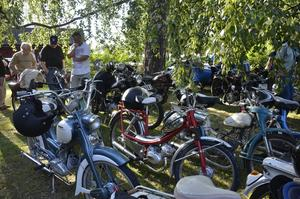 Motorcykelhistoriska klubben deltog under kvällen.