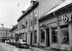 Hantverkargatan i Västerås någon gång på 50-talet.