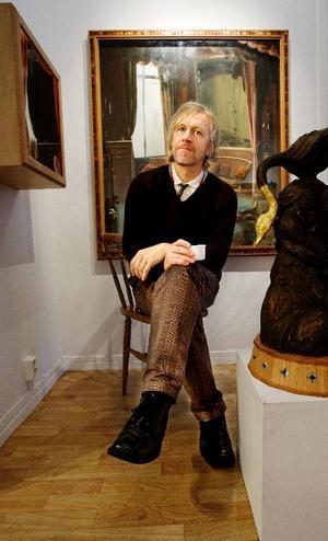Ernst Billgren visar tre verk. Men inte vilka tre verk som helst och vill man köpa alla tre bör man ha drygt 650 000 kr  i plånboken.