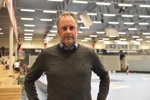 Filip Nordkvist, ordförande i IBF Falun tycker att damverksamheten står sig bra.