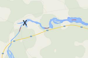 Här inträffade olyckan, vid Rändhån i Ljusnan några kilometer väster om Långå.