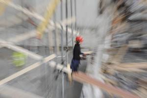 Skräckscenariot är att byggbranschen i Gästrikland hamnar i samma läge som krisåren i början av 90-talet.  Då var arbetslösheten bland byggnadsarbetarna uppe i 50 procent.