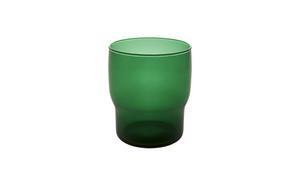 Habitat har en mängd olika vasmodeller i sitt sortiment. Den gräsgröna glasvasen kostar 60 kronor.
