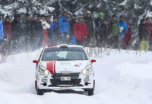 Så här såg det ut vid en tidigare SM-deltävling i Östersund Winter Rally, år 2014. Bilden är från sträckan i Gällsåberget, Lit.