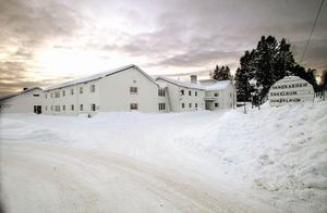 Njutångersgårdens hotell och vandrarhem har försatts i konkurs av Hudiksvalls tingsrätt.