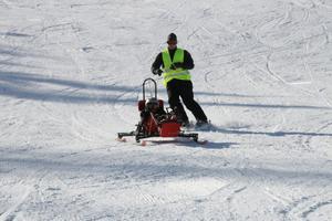 Under tisdagen var det full aktivitet i Lillboskolan och vid slalombacken. Eleverna fick testa bland annat rullstolsbasket, showdown (som är ett slags pingis med bred racket) samt sitski och skicart i slalombacken.