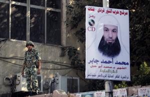 Mellan pest och kolera. Militären och islamistiska partier ses båda som hot mot frihet och framtåtskridande i Egypten.foto: SCANPIX